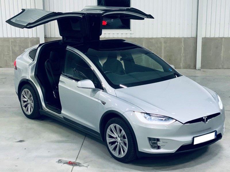 Jízda ve voze Tesla Model X