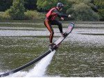 Hoverboard - létání nad vodou