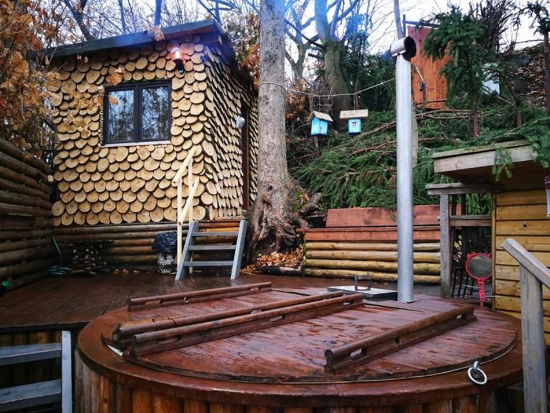 Relax v horkém skandinávském wellness s ubytováním