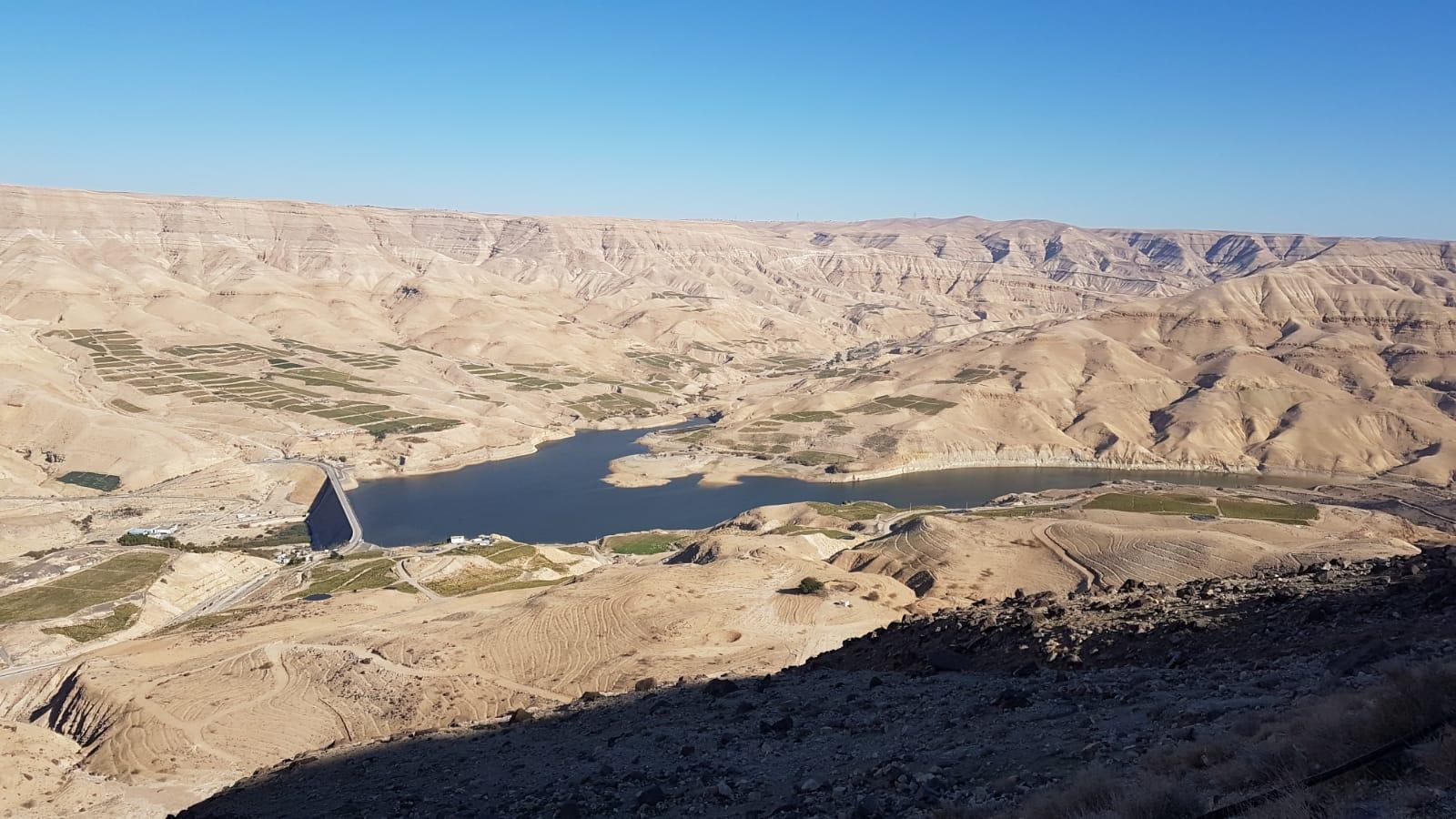 Údolí a přehrada Wadi Mujib